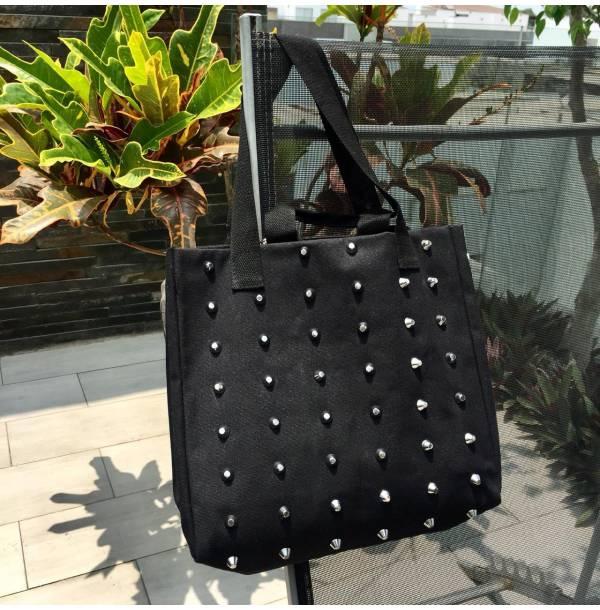 Handbags-black_handbag-Fashion_handbags-Leather_handbags-black_handbag_Avril-Plum